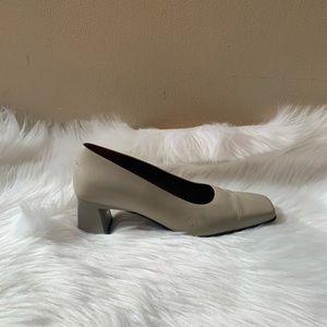 Naturalizer Size 6.5 Upper Leather Heels -Heel 2.5